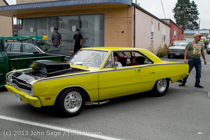 19779 Tom Stewart Car Parade and Show 2013 072113