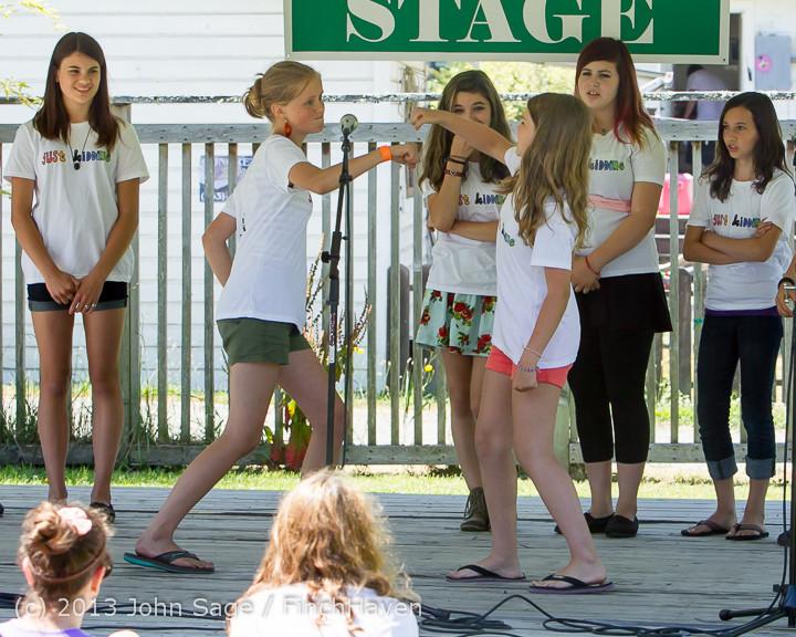 7544_VARSA_Youth_Stage_Village_Green_Saturday_2013_072013