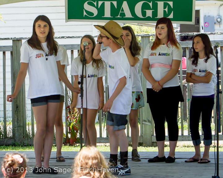 7551_VARSA_Youth_Stage_Village_Green_Saturday_2013_072013