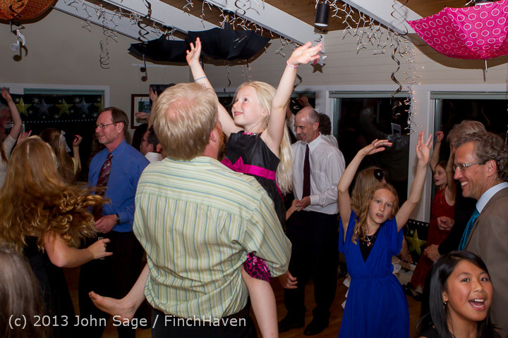 1525_Vashon_Father-Daughter_Dance_2013_Candids_060113