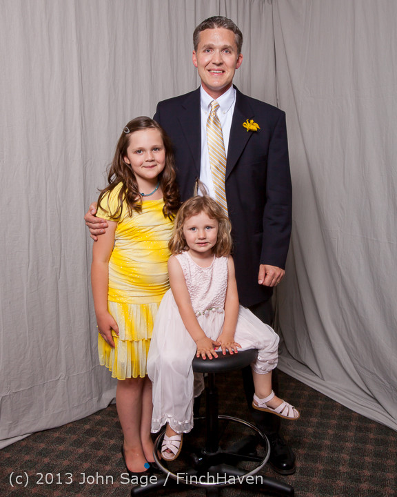 9525-a_Vashon_Father-Daughter_Dance_2013_Portraits_060113