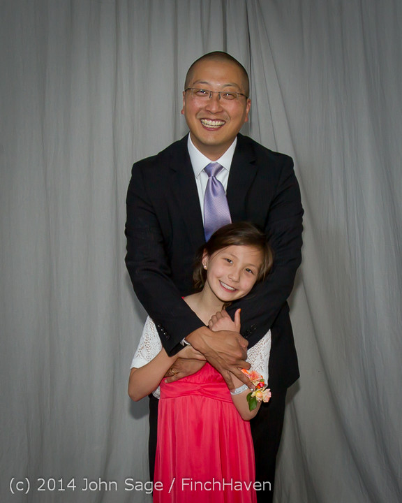 2395-a_Vashon_Father-Daughter_Dance_2014_053114