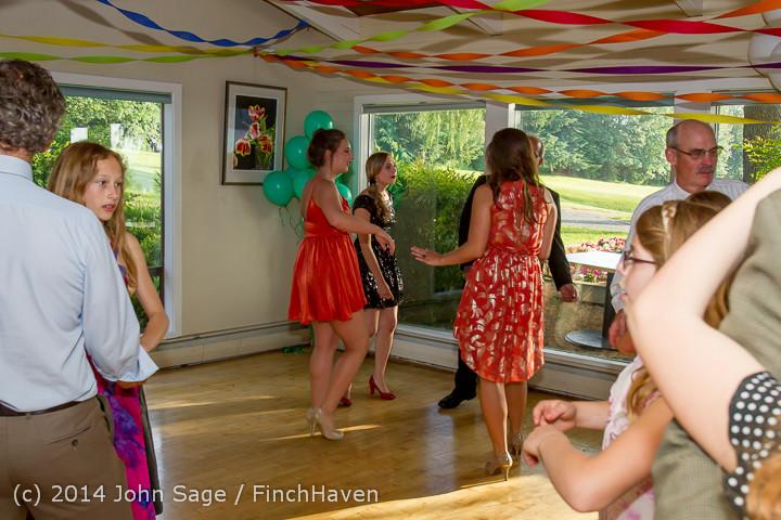 2407 Vashon Father-Daughter Dance 2014 Candids 053114
