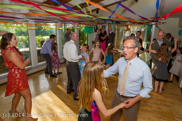 2410 Vashon Father-Daughter Dance 2014 Candids 053114