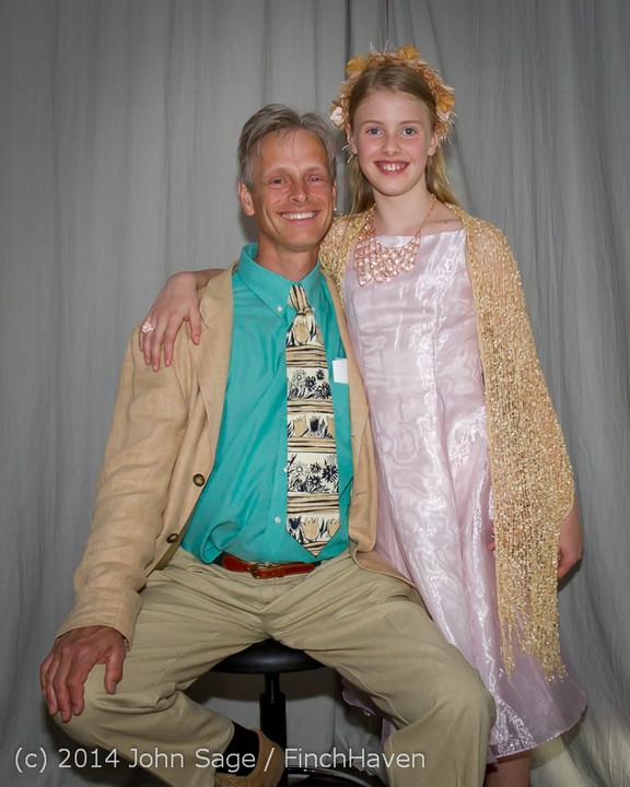 2444-a Vashon Father-Daughter Dance 2014 053114