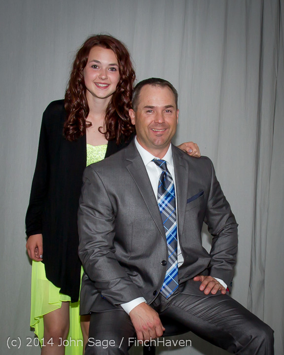 2465-a_Vashon_Father-Daughter_Dance_2014_053114