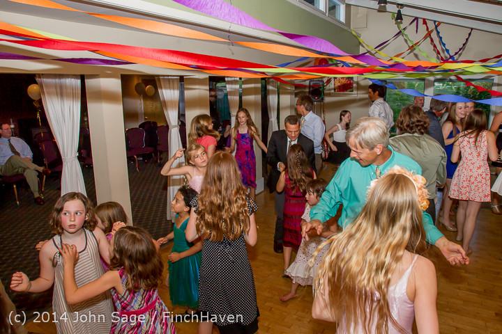 2602 Vashon Father-Daughter Dance 2014 Candids 053114