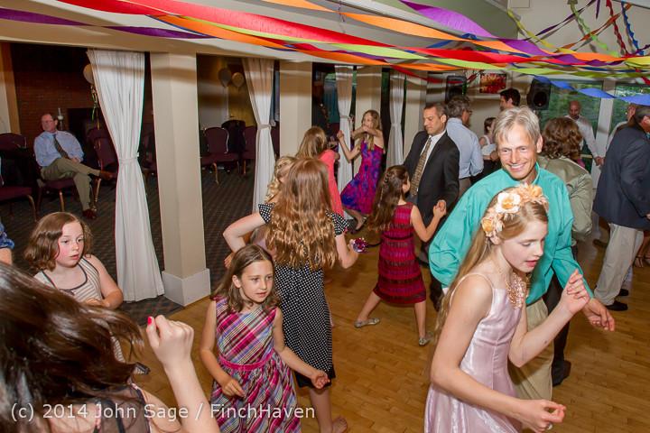 2604 Vashon Father-Daughter Dance 2014 Candids 053114