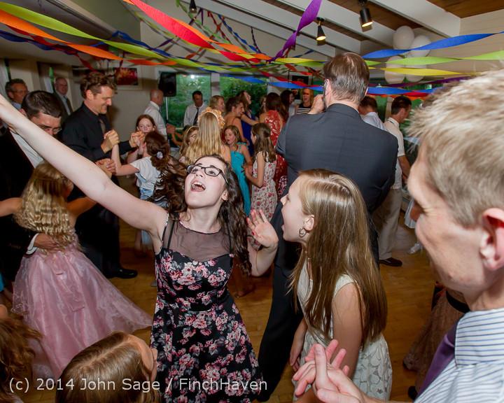 2621 Vashon Father-Daughter Dance 2014 Candids 053114
