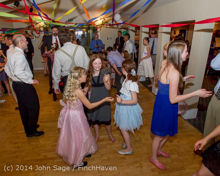 2632 Vashon Father-Daughter Dance 2014 Candids 053114