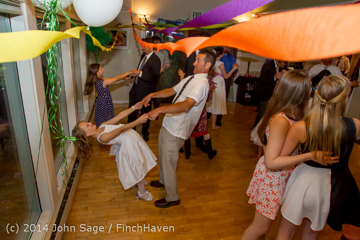 2641_Vashon_Father-Daughter_Dance_2014_Candids_053114