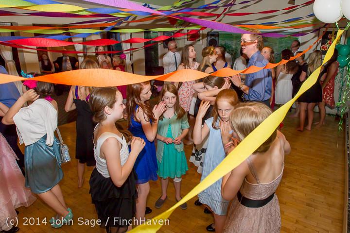 2716 Vashon Father-Daughter Dance 2014 Candids 053114