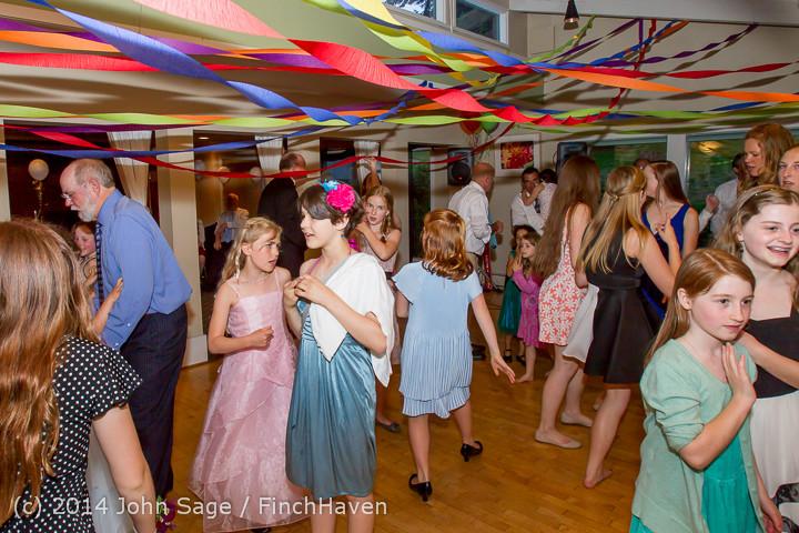 2723 Vashon Father-Daughter Dance 2014 Candids 053114