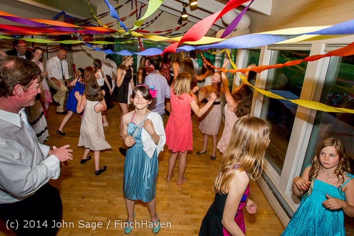 2756_Vashon_Father-Daughter_Dance_2014_Candids_053114