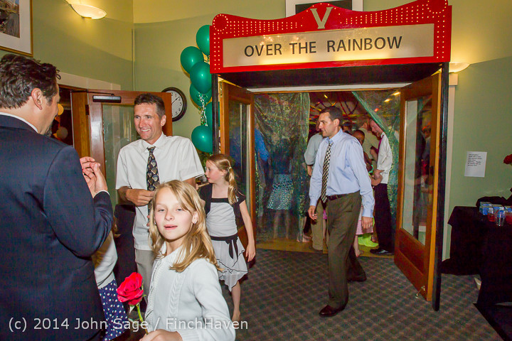 2788_Vashon_Father-Daughter_Dance_2014_Candids_053114