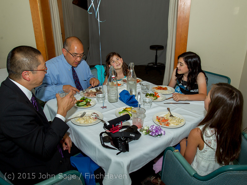 5901_Vashon_Father-Daughter_Dance_2015_060615