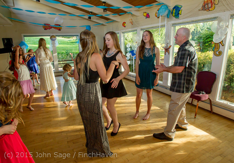 5938_Vashon_Father-Daughter_Dance_2015_060615