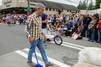 19909 Vashon Strawberry Festival Grand Parade 2014 071914