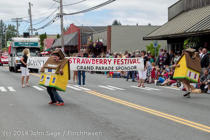 19953 Vashon Strawberry Festival Grand Parade 2014 071914
