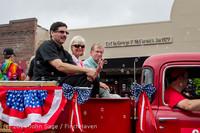 20050 Vashon Strawberry Festival Grand Parade 2014 071914