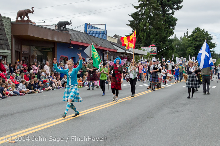 20074 Vashon Strawberry Festival Grand Parade 2014 071914