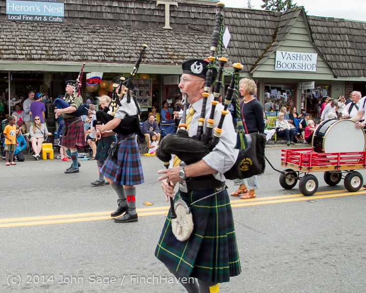 20092 Vashon Strawberry Festival Grand Parade 2014 071914