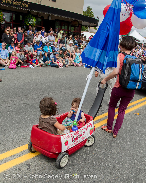 20146 Vashon Strawberry Festival Grand Parade 2014 071914