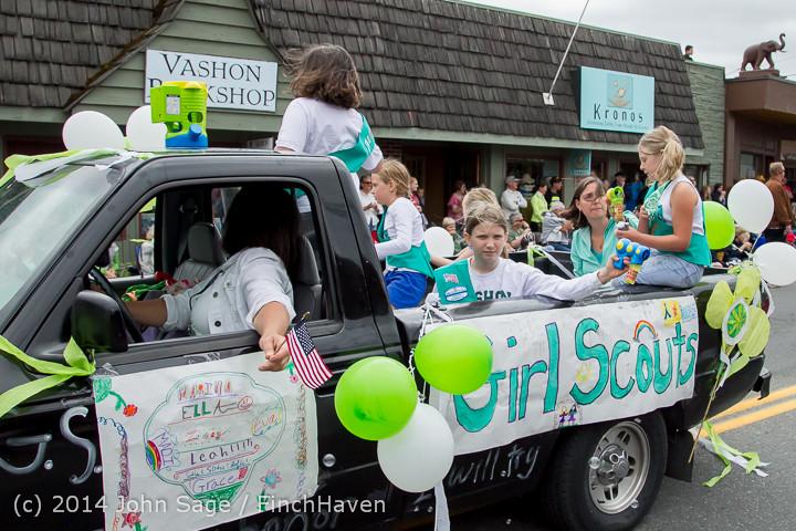 20184 Vashon Strawberry Festival Grand Parade 2014 071914