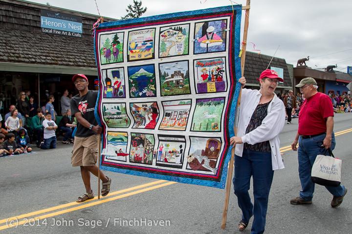 20201 Vashon Strawberry Festival Grand Parade 2014 071914