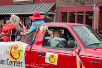 20237 Vashon Strawberry Festival Grand Parade 2014 071914