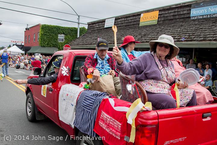 20247 Vashon Strawberry Festival Grand Parade 2014 071914