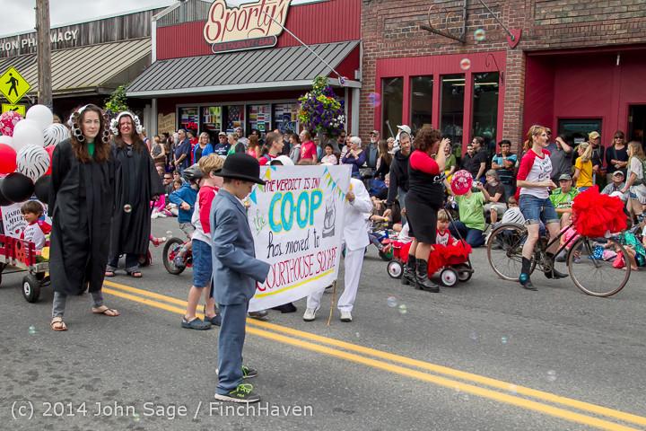 20263 Vashon Strawberry Festival Grand Parade 2014 071914