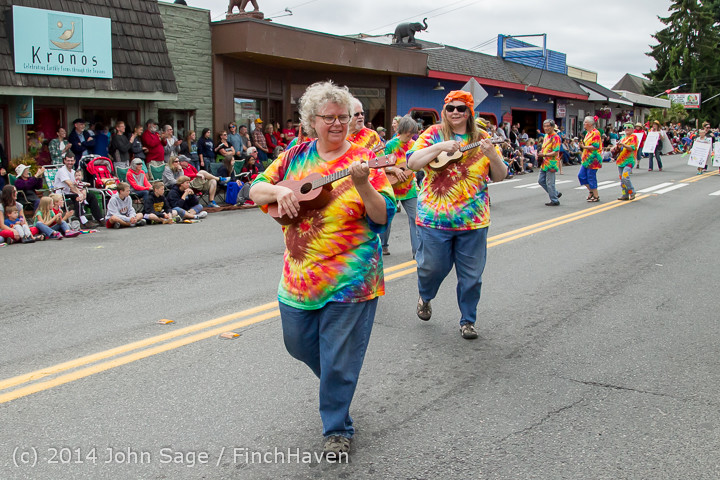20296 Vashon Strawberry Festival Grand Parade 2014 071914
