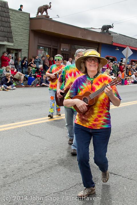 20310 Vashon Strawberry Festival Grand Parade 2014 071914