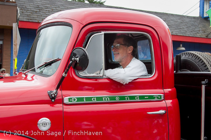 20347 Vashon Strawberry Festival Grand Parade 2014 071914