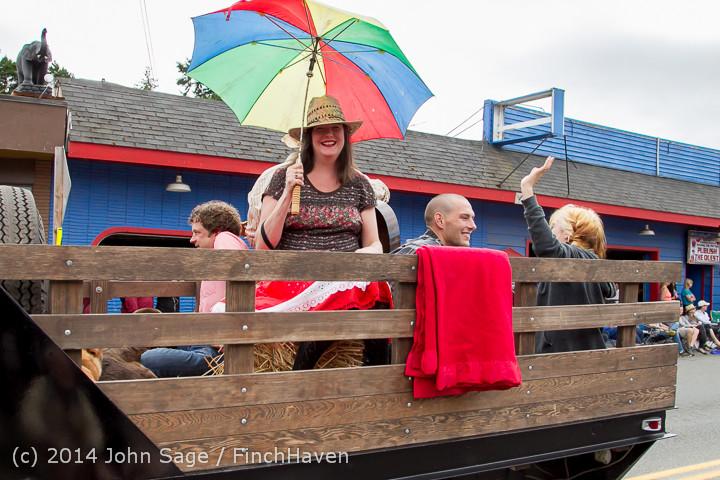 20349 Vashon Strawberry Festival Grand Parade 2014 071914