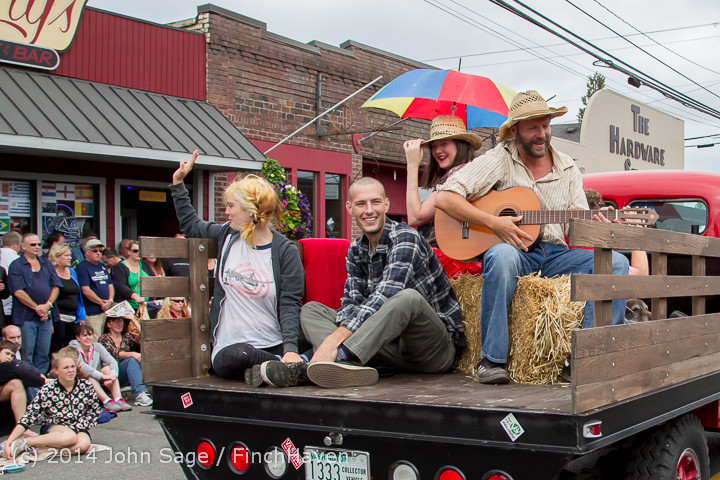 20357 Vashon Strawberry Festival Grand Parade 2014 071914
