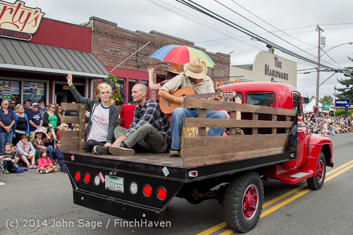 20359 Vashon Strawberry Festival Grand Parade 2014 071914