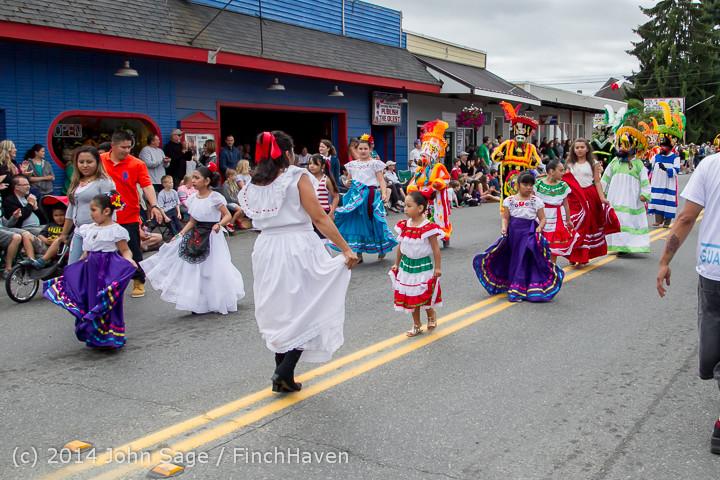20383 Vashon Strawberry Festival Grand Parade 2014 071914
