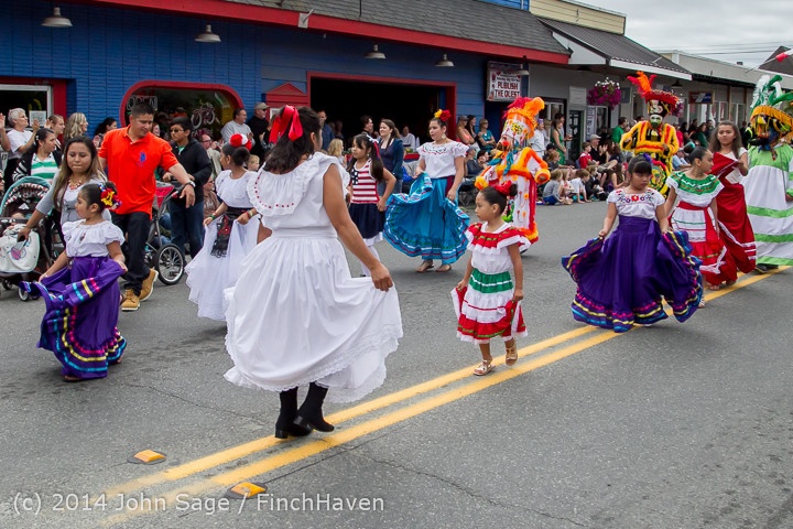 20384 Vashon Strawberry Festival Grand Parade 2014 071914