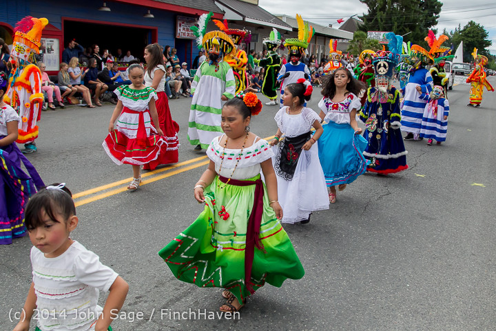20387 Vashon Strawberry Festival Grand Parade 2014 071914