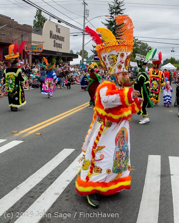 20413 Vashon Strawberry Festival Grand Parade 2014 071914