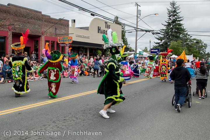 20414 Vashon Strawberry Festival Grand Parade 2014 071914