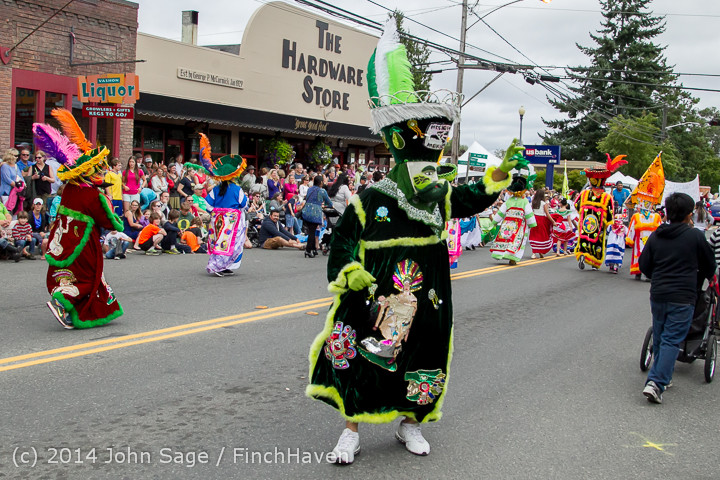 20417_Vashon_Strawberry_Festival_Grand_Parade_2014_071914
