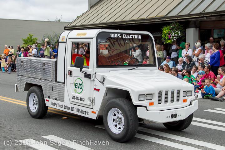 20419 Vashon Strawberry Festival Grand Parade 2014 071914