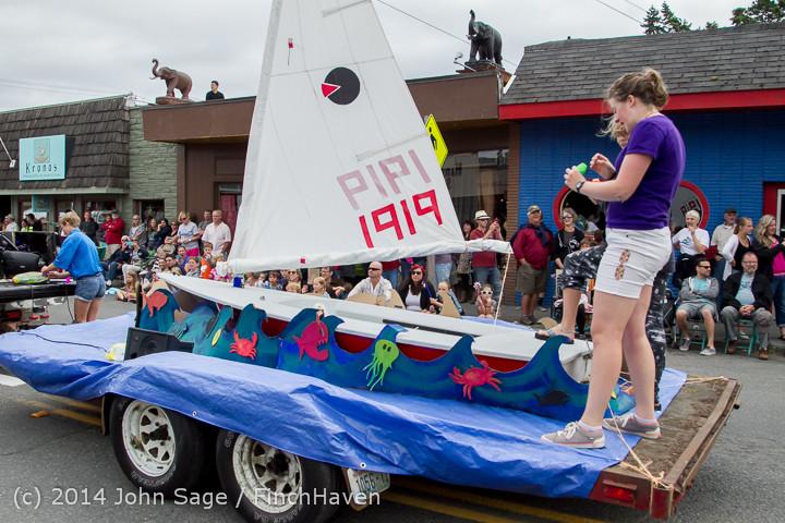 20434 Vashon Strawberry Festival Grand Parade 2014 071914