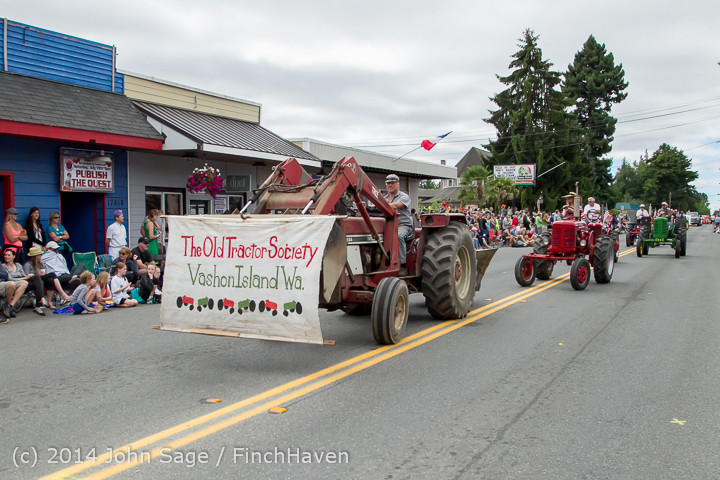 20435 Vashon Strawberry Festival Grand Parade 2014 071914