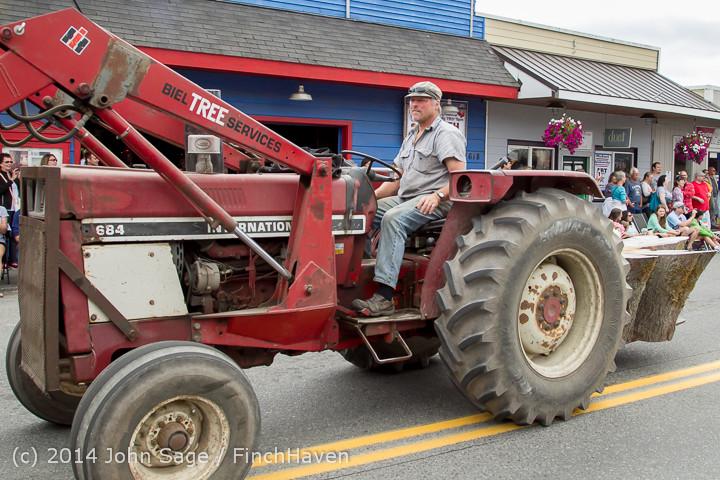 20437 Vashon Strawberry Festival Grand Parade 2014 071914