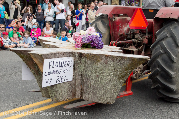 20438 Vashon Strawberry Festival Grand Parade 2014 071914