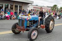 20464 Vashon Strawberry Festival Grand Parade 2014 071914